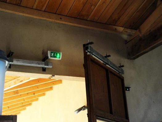 Vue de l'intérieur porte coulissante acier