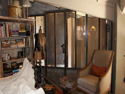 Verrière... séparation chambre / salle de bain... Osmose de l'acier et du zinc